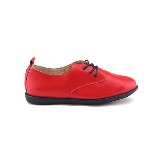 נעל שרוכים עור צבי בצבע אדום עז