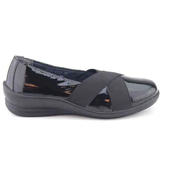 נעל בובה לק שחור