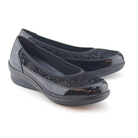 נעל בובה פרחים שחורים+לק
