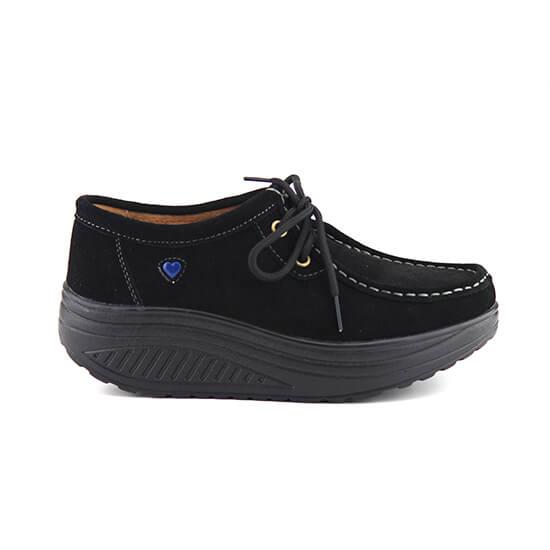 נעל שרוך על סולית נדנדה בצבע שחור זמש