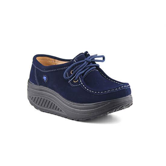 נעל שרוך על סולית נדנדה בצבע כחול זמש