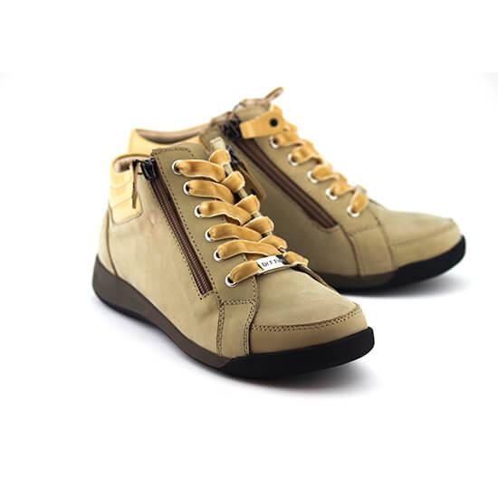 נעל שרוך ריץ-רץ בג` נובוק+לק