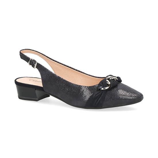 נעלי סירה עם אבזם צמה