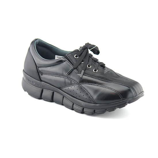 נעלי ספורט עם שרוכים