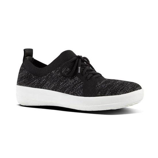 נעלי ספורט אלסטיות